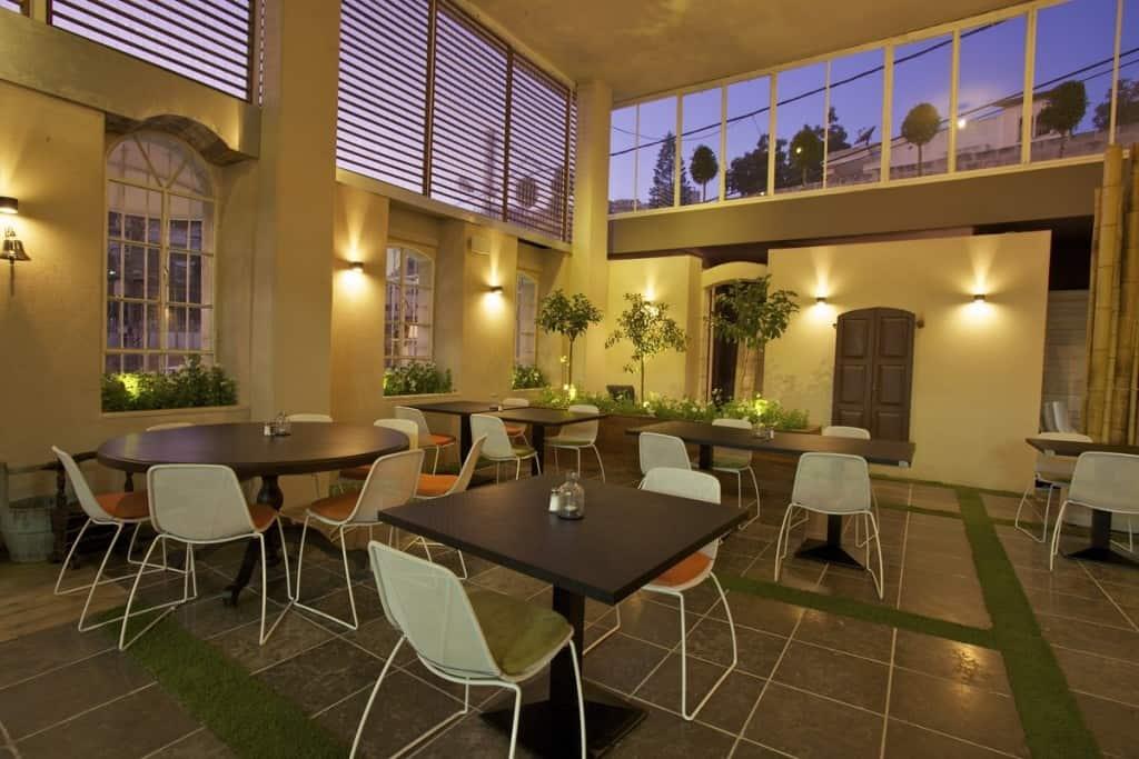 מסעדת אולגה (צילום רואי פרסול)