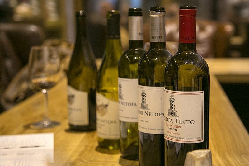 יינות יקב נטופה (צילום דן בר-דוב)
