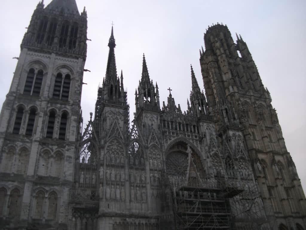 חזית הקתדרלה של רואה (צילום דני בר)