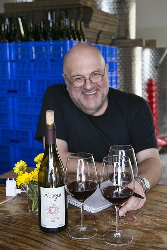 טעימת יינות עבייה (צילום דן בר-דוב)