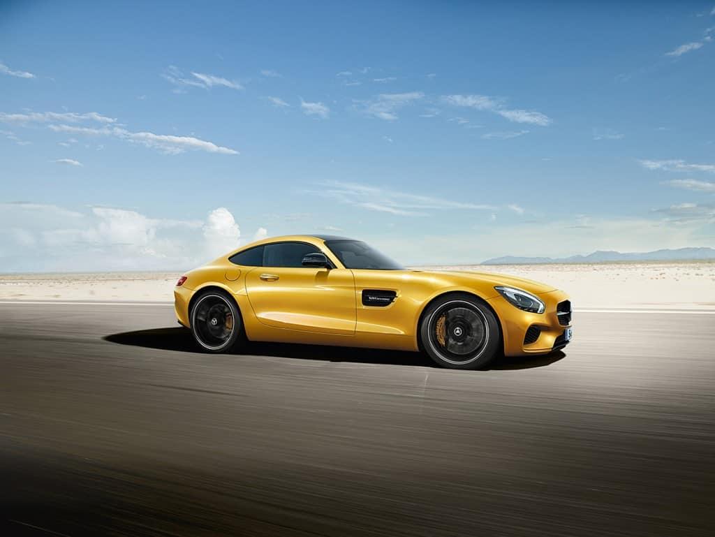 """הרכב בעל הביצועים הטובים בעולם - מרצדס AMG GT (צילום יח""""צ חו""""ל)"""