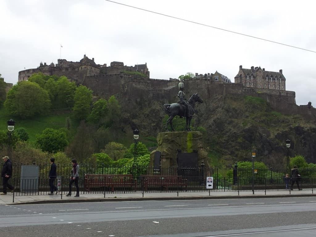Castle Rock וטירת אדינבורו  Edinburgh Castle (צילום דני בר)