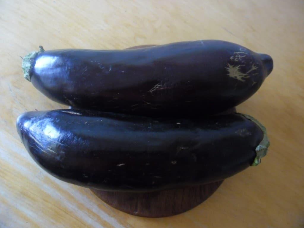 חצילים קלי משקל (צילום דני בר)