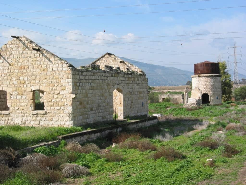 תחנת בית שאן ההיסטורית לפני השיפוץ (צילום המועצה לשימור אתרי מורשת)