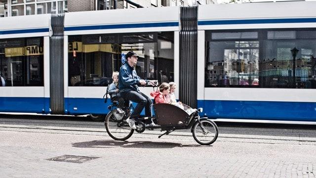 ככה נוסעים עם ילדים בהולנד (צילום Copenhagenize Design Co)