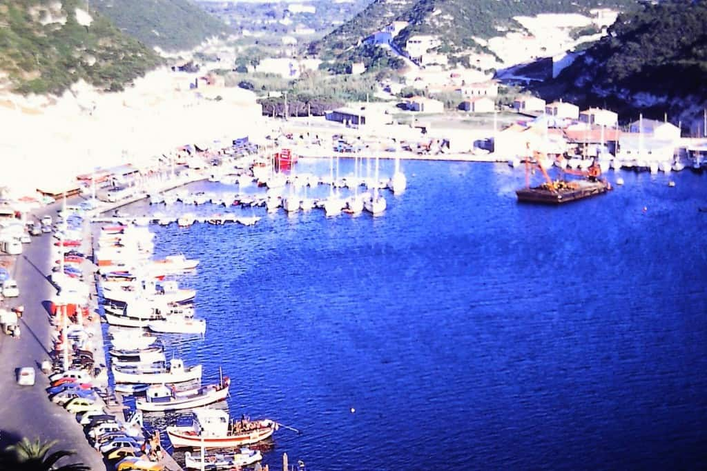 מפרץ העיירה בונפצ'יו, קורסיקה (צילום דני בר)