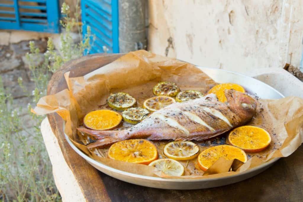דג בתערובת אנטיפסטי והדרים (צילום הדס ניצן)