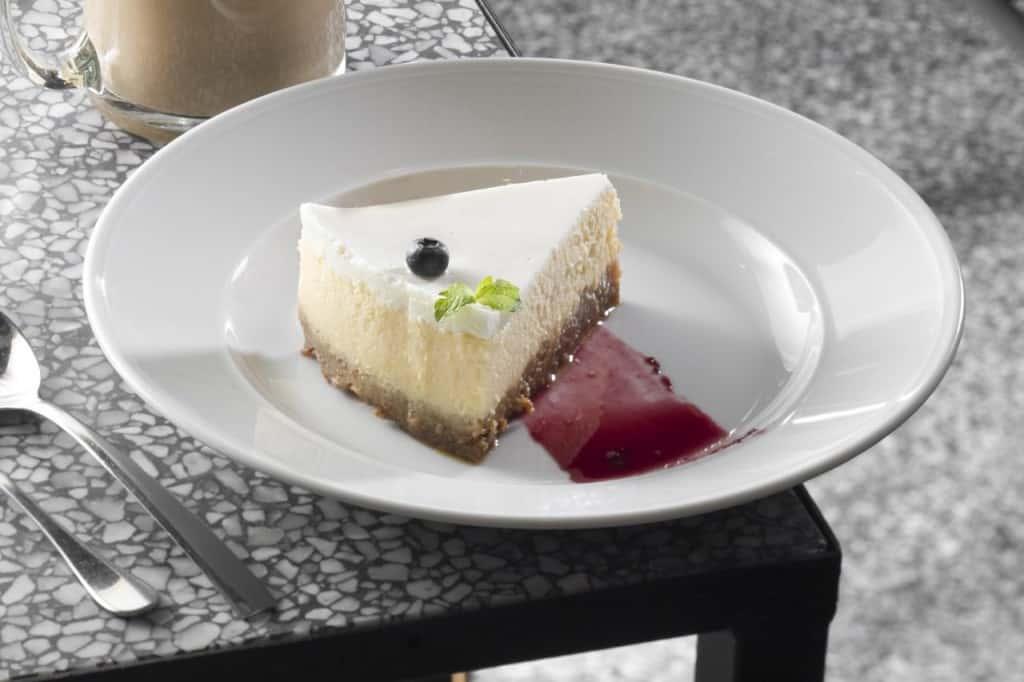 עוגת גבינה לוטוס ניו יורק סטייל (צילום אנטולי מיכאלו)