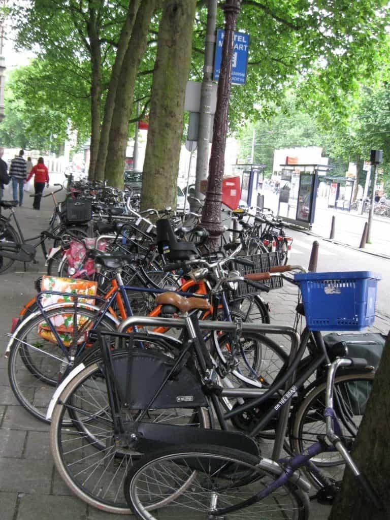 אופניים באמסטרדם (צילום דני בר)