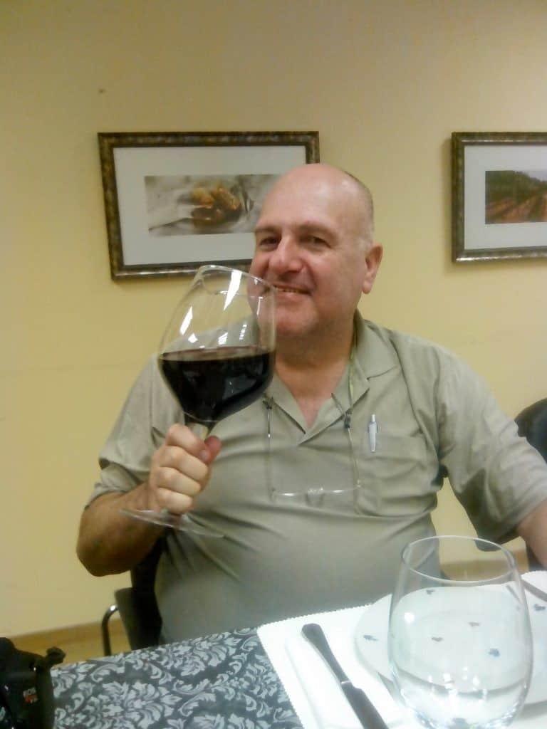 כוס יין אחת ביום (צילום דני בר)