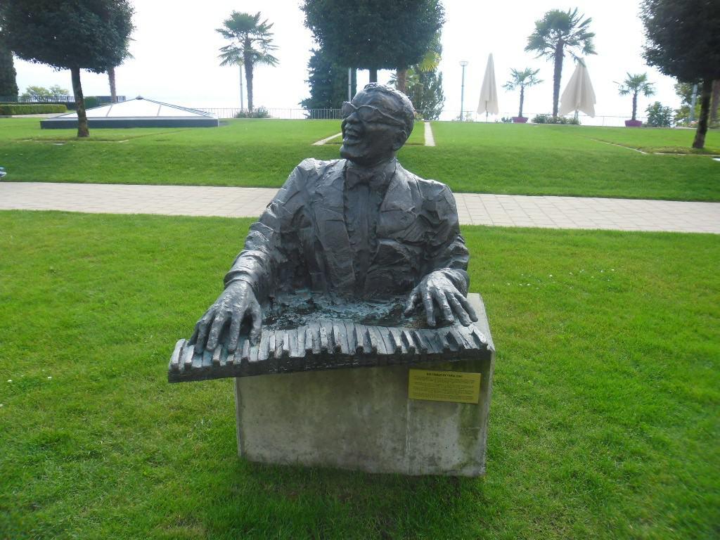ריי צ'רלס בעיר המוסיקה מונטרו, שוויץ (צילום דני בר)