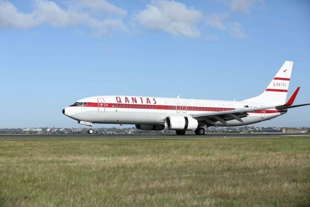 """מטוס של קוונטאס בצבעי רטרו (צילום יח""""צ חו""""ל)"""