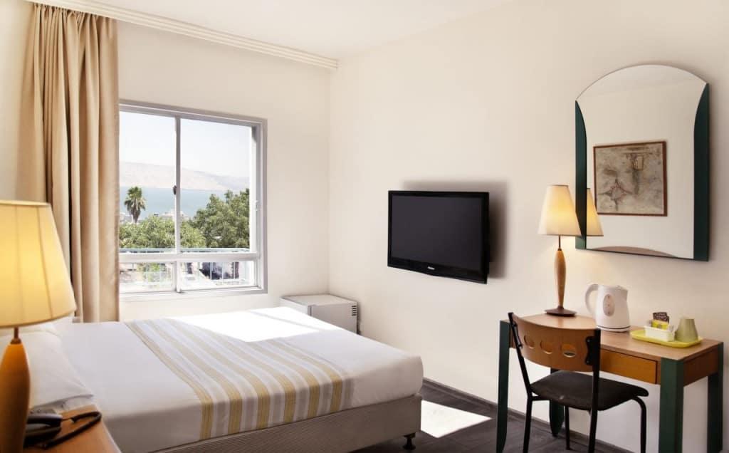 מלון ארקדיה טבריה עם נוף לכנרת