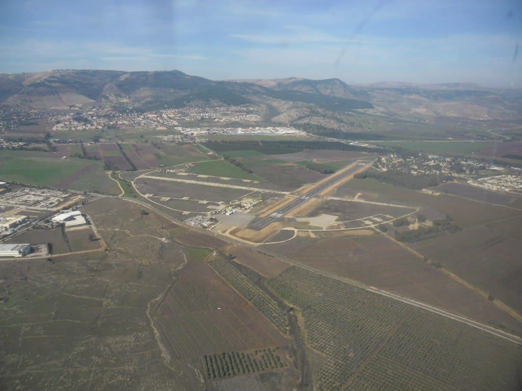 שדה התעופה ראש פינה (צילום דני בר)