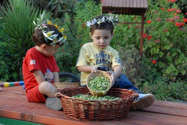 """סדנת ילדים בסבא חביב (צילום יח""""צ)"""