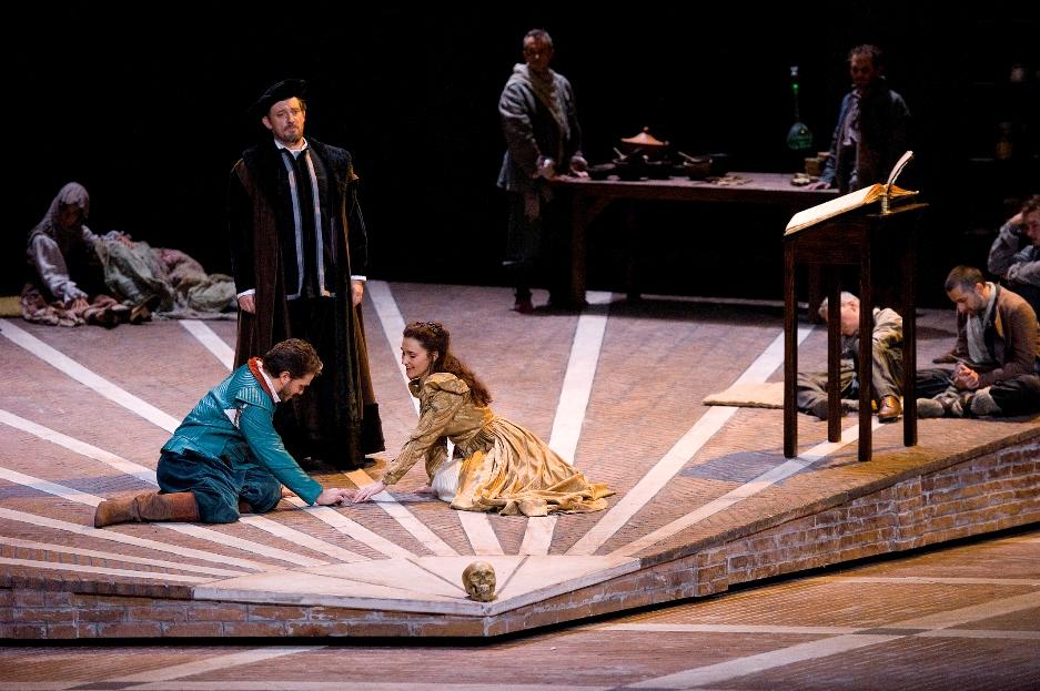 רומיאו ויוליה באופרה