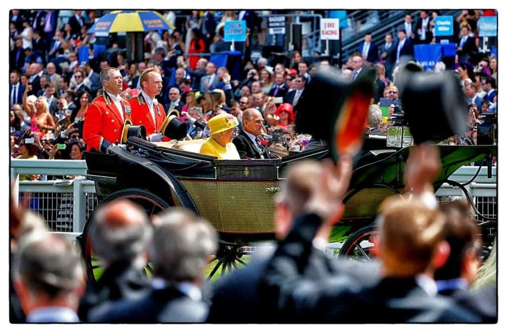 """רויאל אסקוט - כניסת המלכה (צילום יח""""צ חו""""ל)"""
