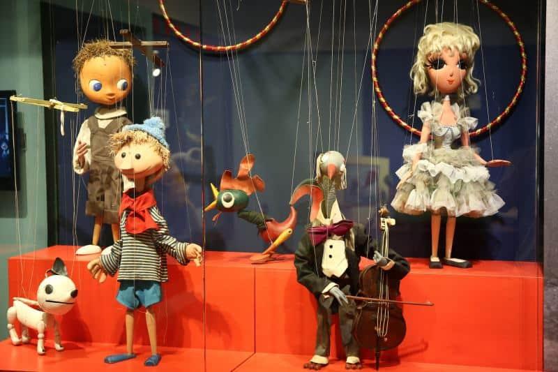 המוזיאון לתיאטרון בובות חולון (צילום ניר שאנני)