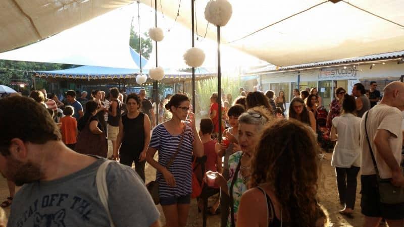 פסטיבל אמנים במושבה פרדס חנה כרכור  (צילום שלי גנדל)