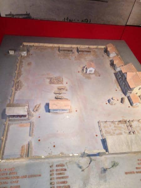 דגם של חצר הראשונים בעין שמר ההיסטורית (צילום דני בר)