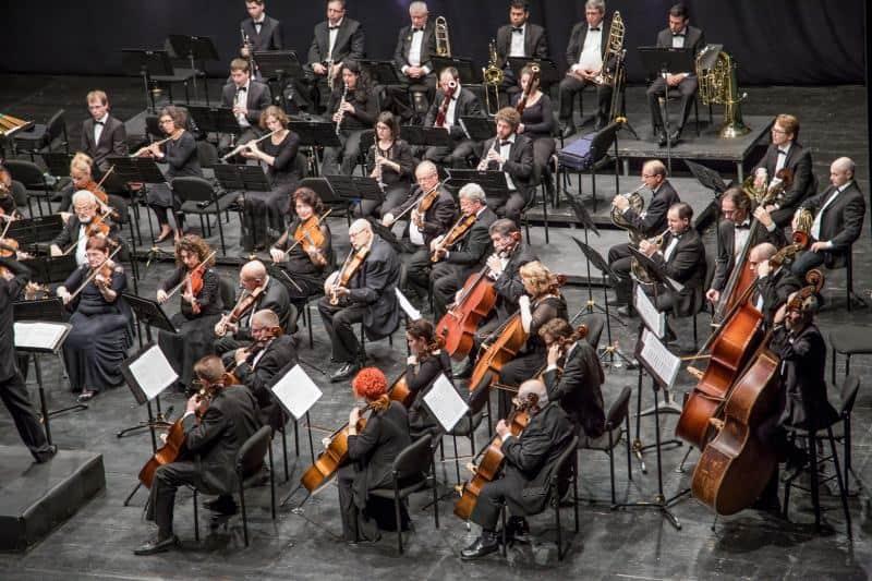 התזמורת הסימפונית אשדוד (צילום מרק זליקובסקי)