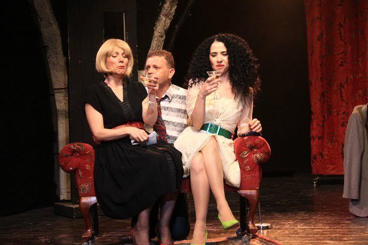 הזוג המוזר בתיאטרון יפו (צילום אורי און)
