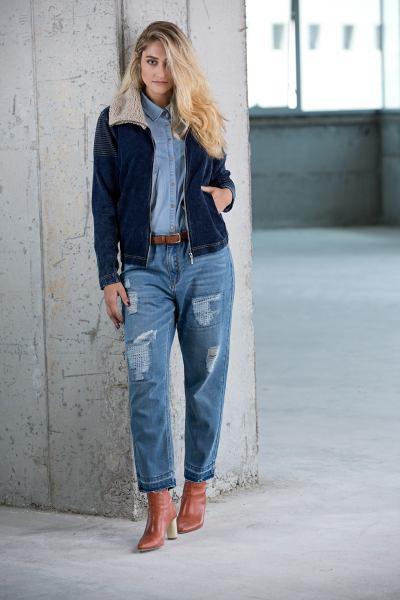חולצת וז'קט ג'ינס (צילום שי יחזקאל)