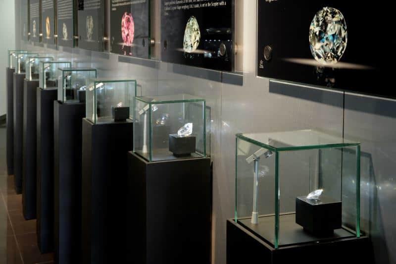 מוזיאון היהלומים רמת גן (צילום נתן דביר)